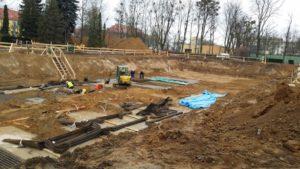 geodeta prowadzi geodezyjną obsługę budowy w Poznaniu